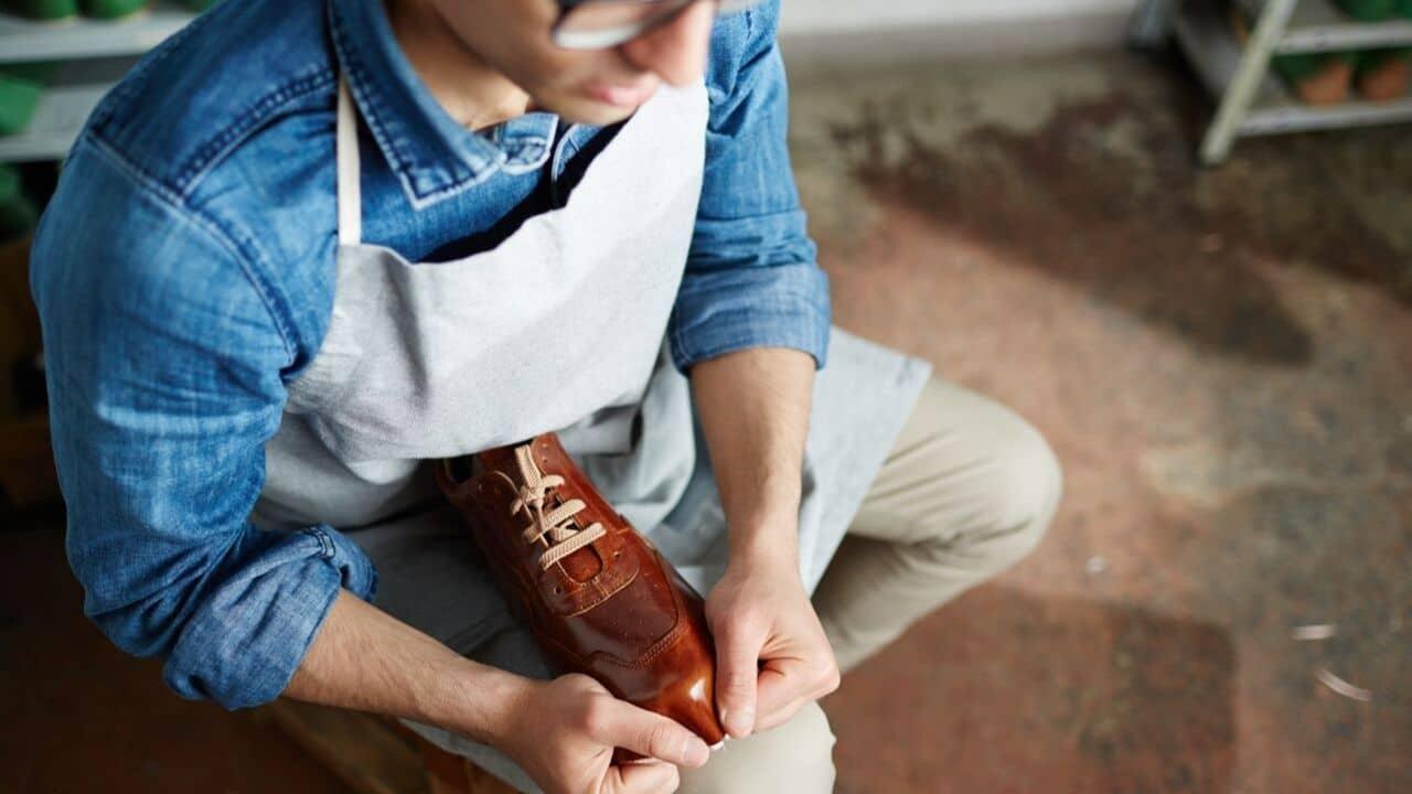réparer ses chaussures