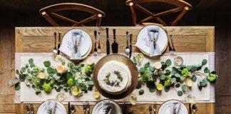 repas recevoir table décorée